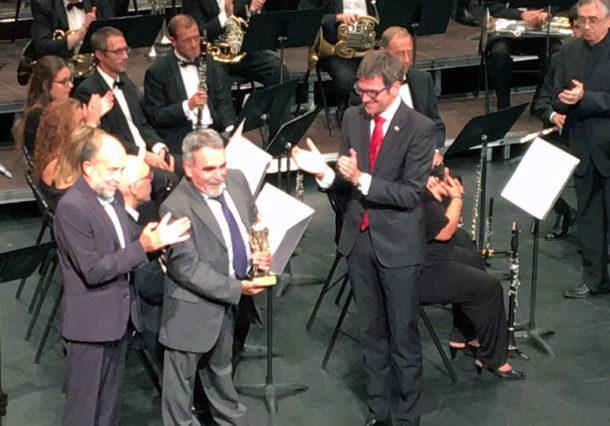 VÍDEO: Julio Roca recibe su Celedón de Oro