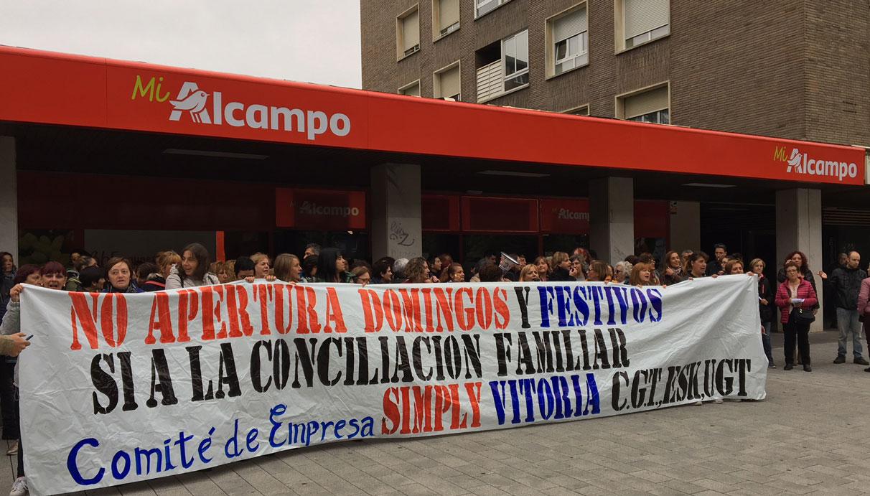 La plantilla de Simply-Alcampo se une a la huelga contra la apertura ...
