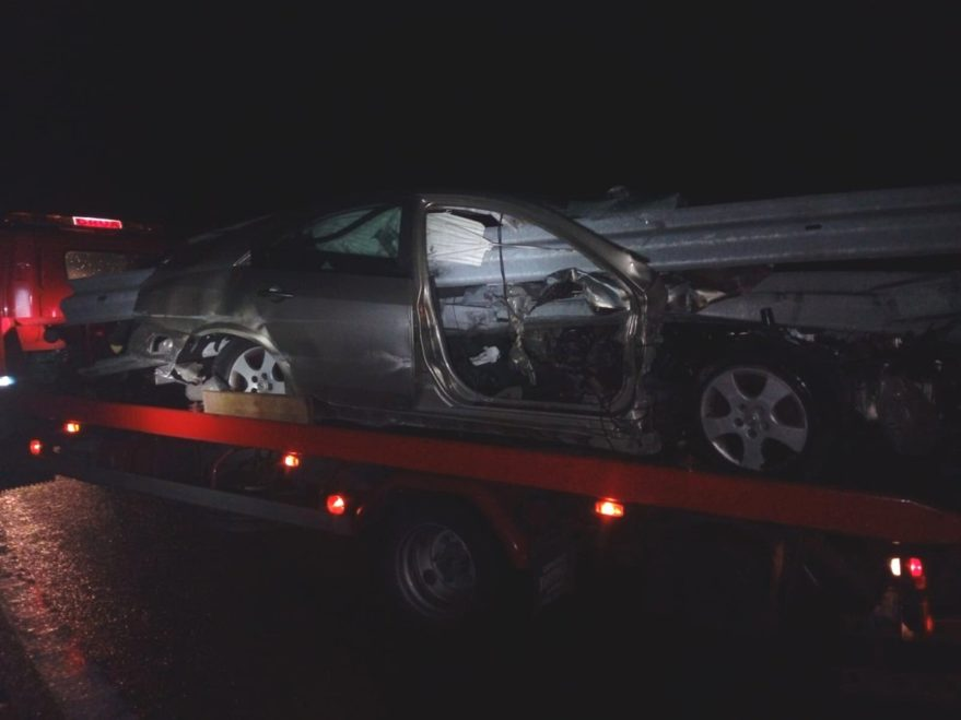 accidente quitamiedos coche ap68