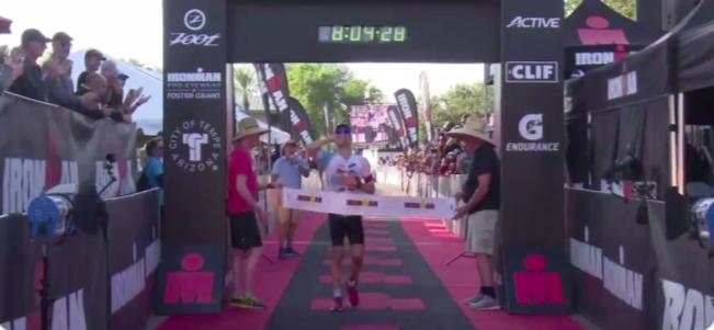 Eneko Llanos vuelve a ganar un Ironman en Arizona