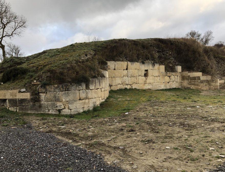 muralla iruña veleia