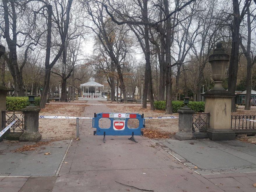 parques y jardines cerrados viento vitoria
