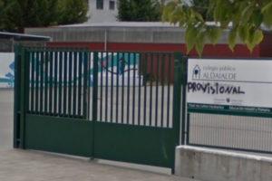 Las familias de Aldaialde exigen comenzar ya las obras del centro