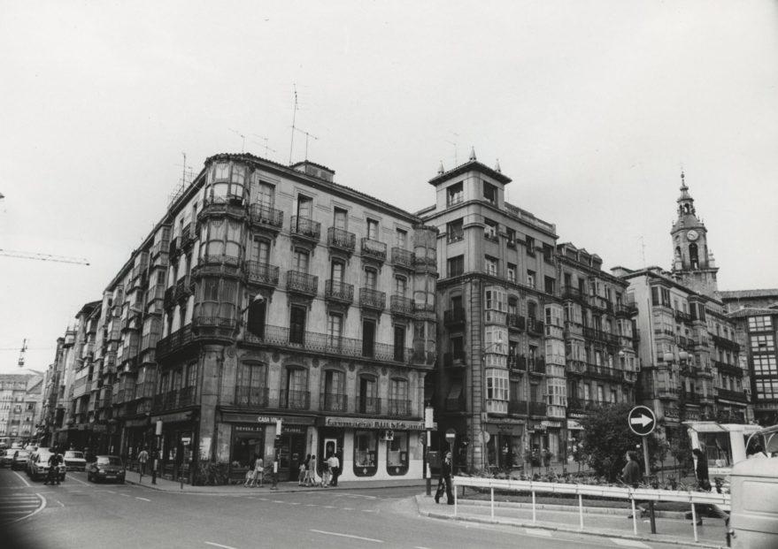 1979 virgen blanca fachadas