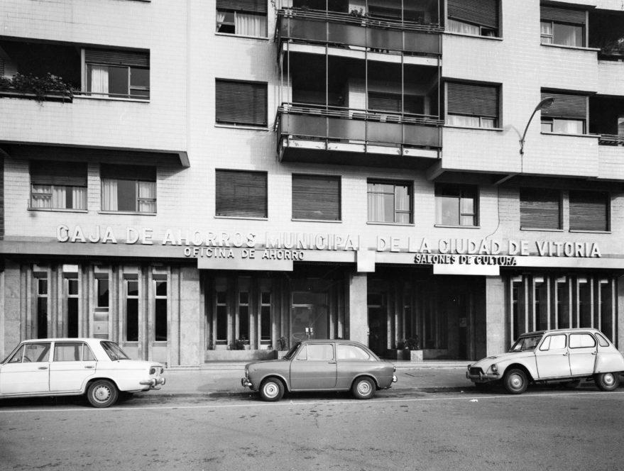 Salones cultura avenida gasteiz 1975