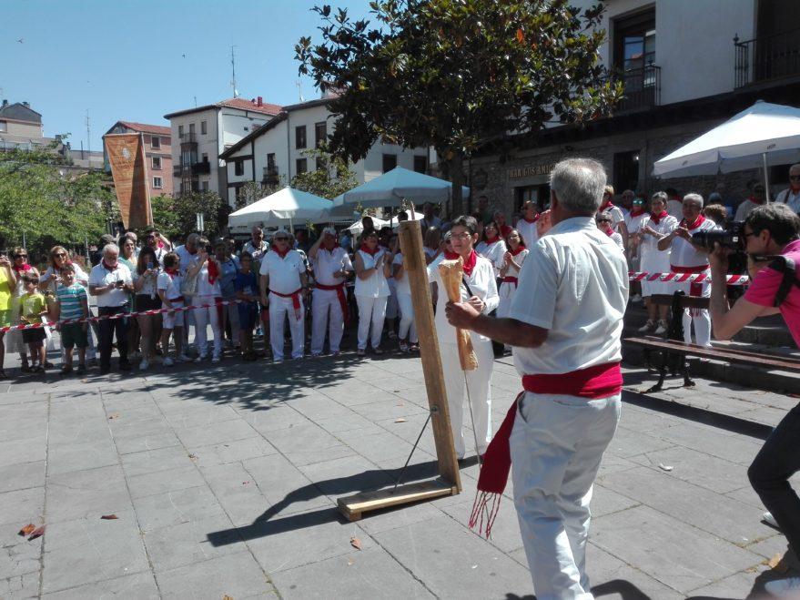 Chupinazo San Fermín Hogar Navarro 2019