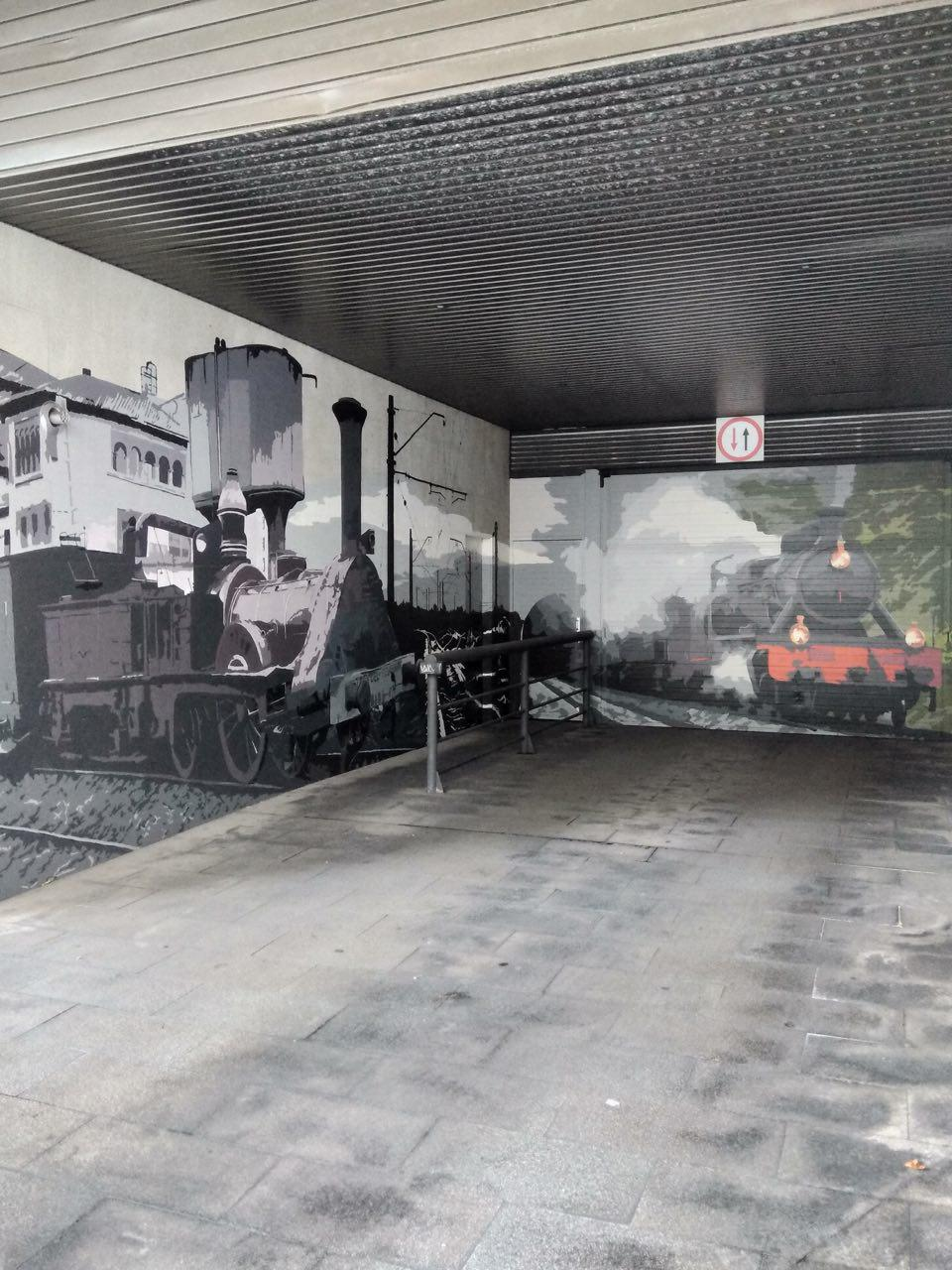 pequeños murales, Vitoria-Gasteiz, Arte Urbano, estación de tren