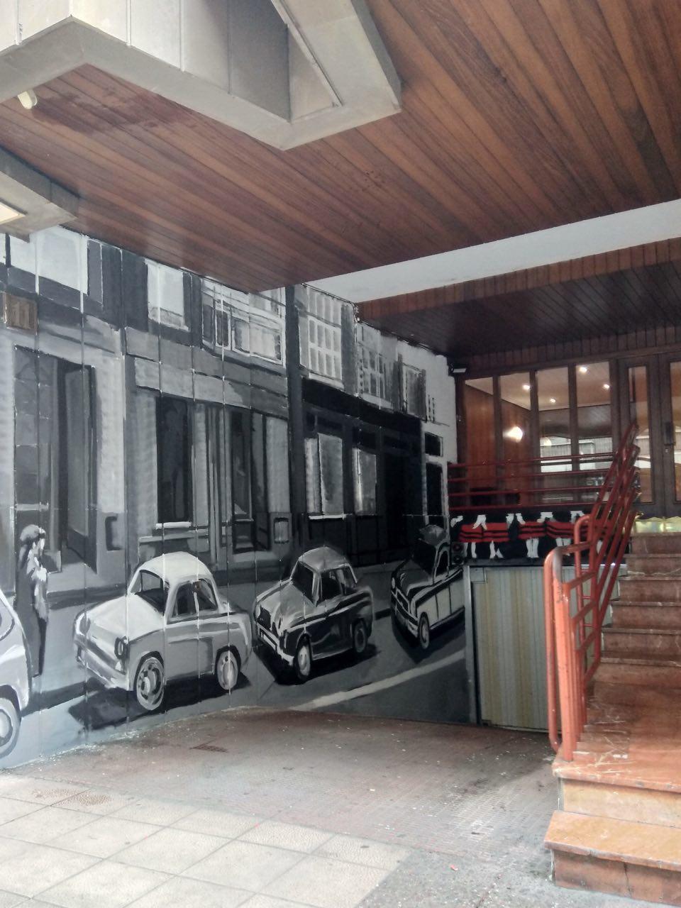 pequeños murales, Vitoria-Gasteiz, Arte Urbano, coches antiguos