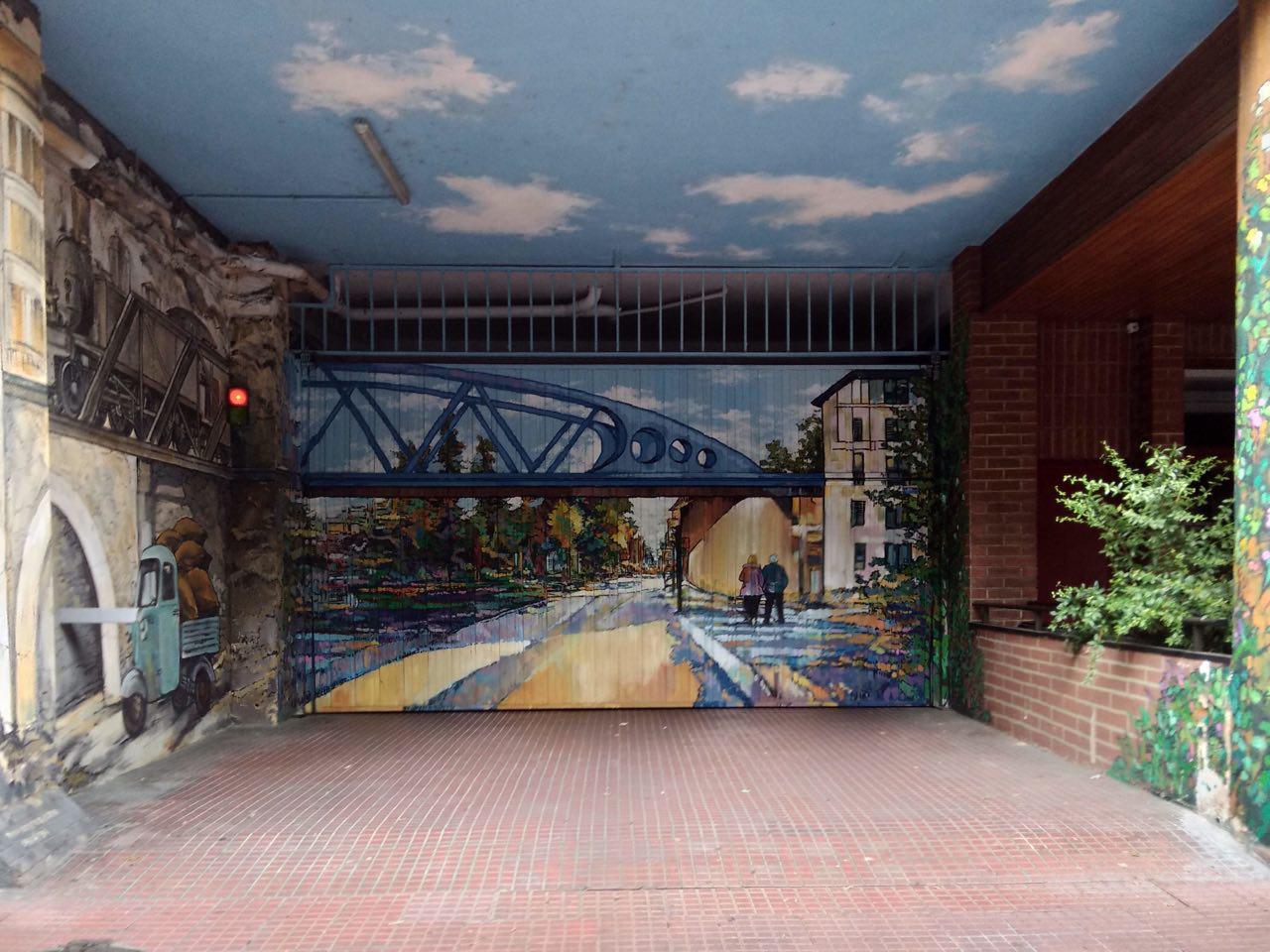 pequeños murales, Vitoria-Gasteiz, Arte Urbano, puente tren