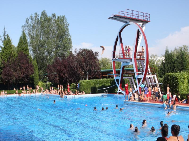 El Estadio abre el 25 de junio con aforo del 60% y 4 horas de estancia por socio | Gasteiz Hoy