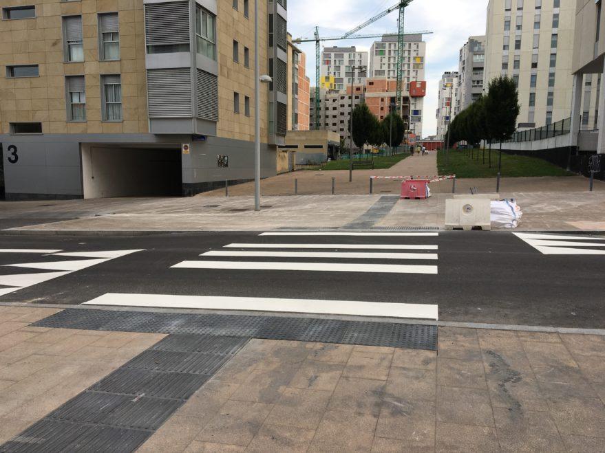 paso de peatones portal de zuazo