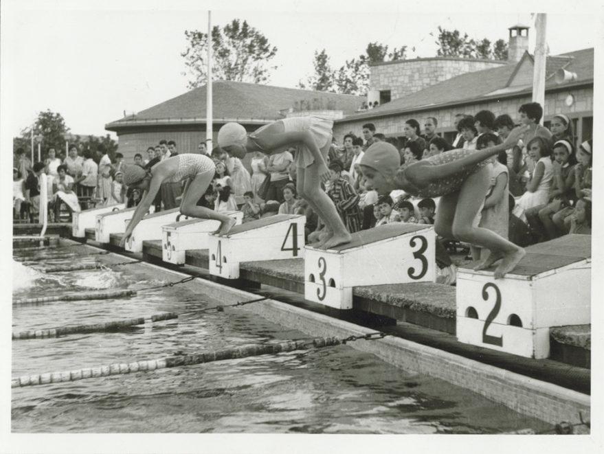 Competición deportiva celebrada a principios de la década de los sesenta. Fondo Arabadok, ATHA.