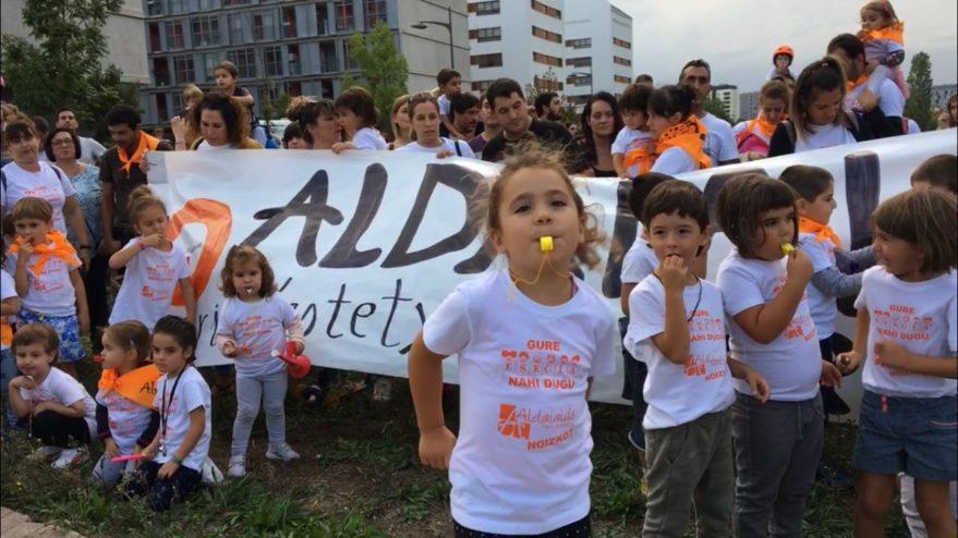 colegio aldaialde protesta zabalgana