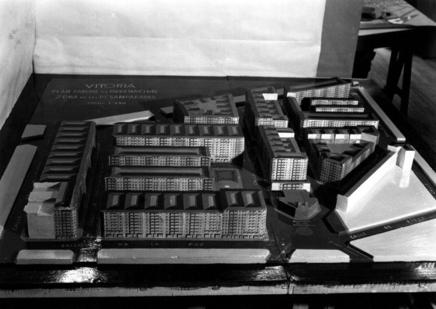 Maqueta del proyecto de ordenación del barrio de las Desamparadas en 1957. Fondo Schommer. ATHA.