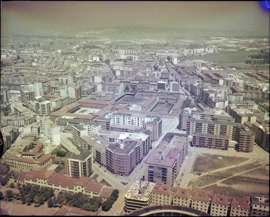Vista aérea del barrio en 1965. Foto FOAT. AMVG.