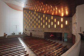 iglesia coronacion vitoria