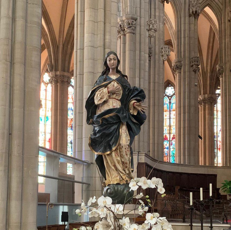 escultura inmaculada vitoria