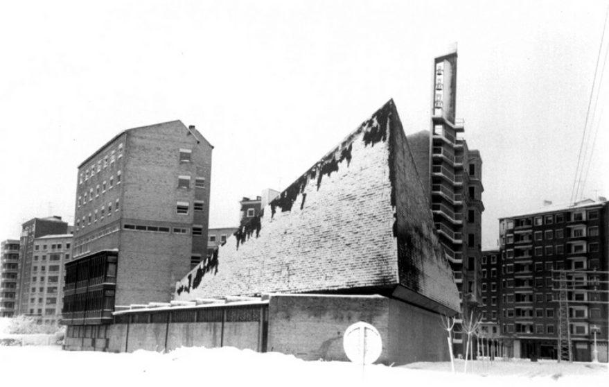 Perspectiva de la iglesia de Los Angeles en los años sesenta. Arabadok.