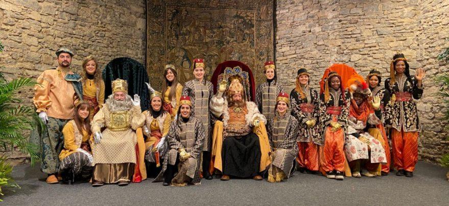 reyes magos vitoria 1 879x403 - Tronos Reyes Magos para el Ayuntamiento de Vitoria-Gasteiz