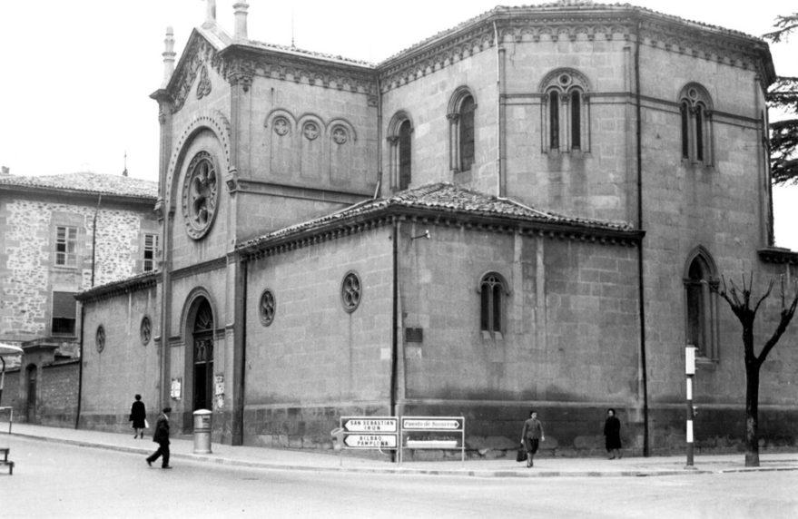 Antigua capilla del hospital de Santiago inaugurada en 1884 y derribada en 1975-76. ATHA