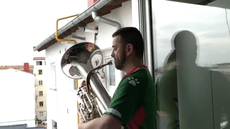 Himnos del Alavés, sopranos y retretas: el confinamiento musical de Vitoria-Gasteiz | Gasteiz Hoy