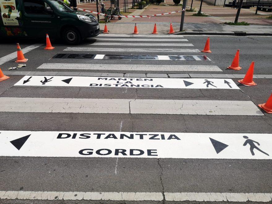 distancia pasos peatones vitoria señal