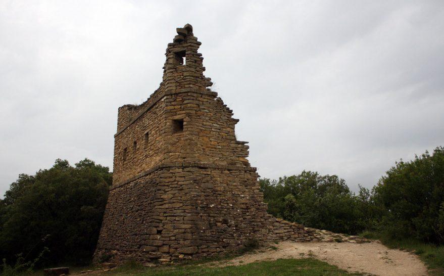 torre esquibel montes de Vitoria