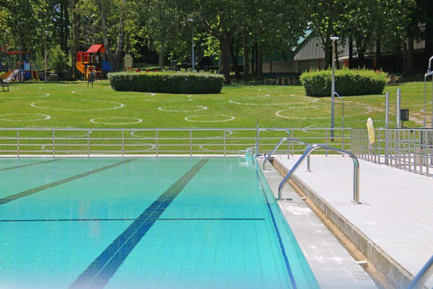 piscinas Mendizorrotza verano 2020