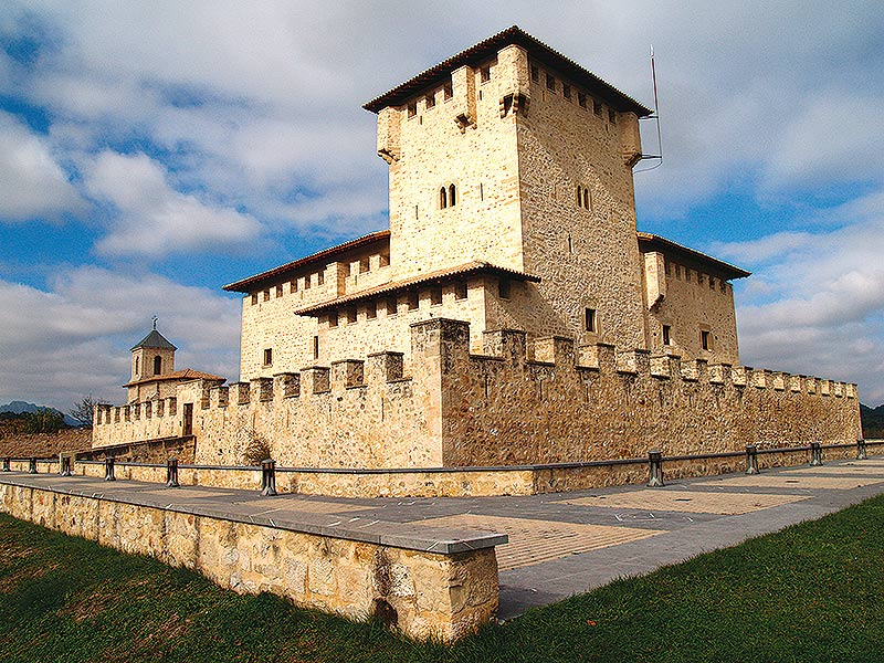 Casa Torre de los Varona