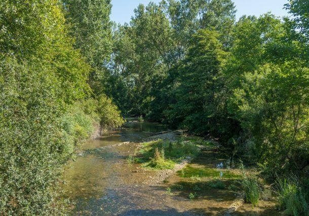 Río Ayuda: senderismo, historia y chapuzón en una sola visita