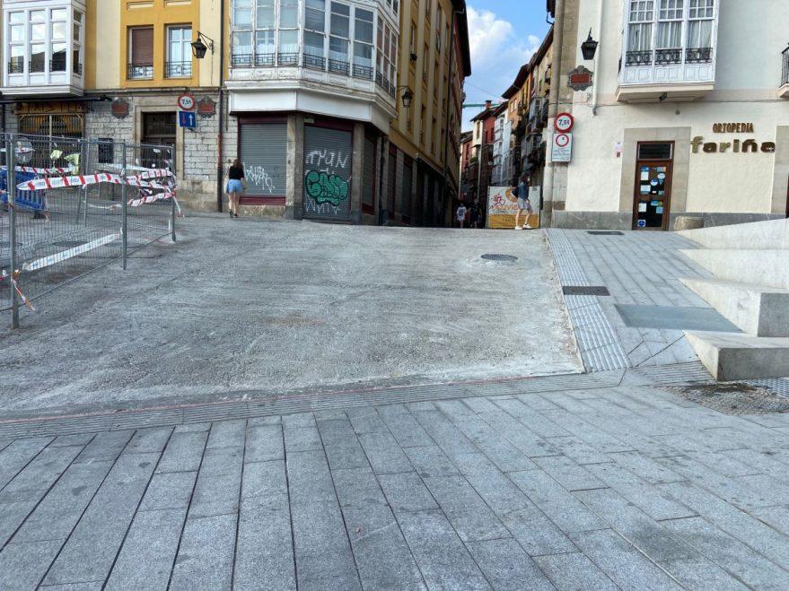 pendiente acceso Calle Cuchillería