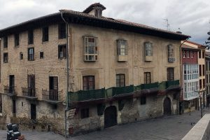 Cuatro palacios vacíos en el Casco Viejo de Vitoria-Gasteiz