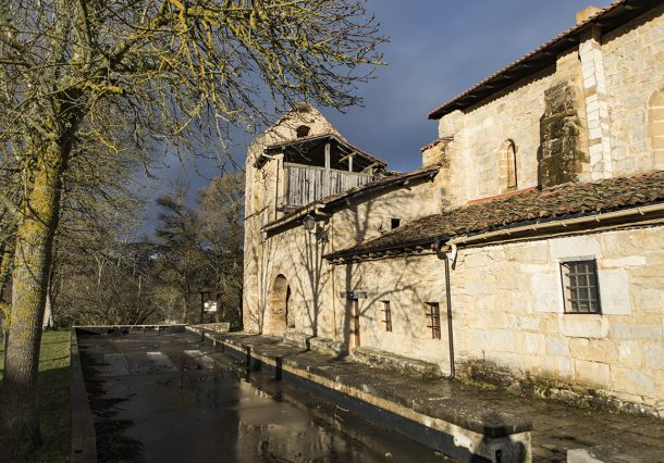 Lalastra: puerta de entrada a Valderejo