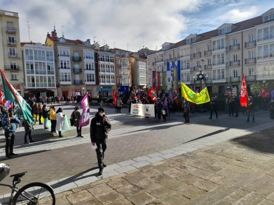 Los sindicatos van a la huelga por la privatización de los servicios sociales