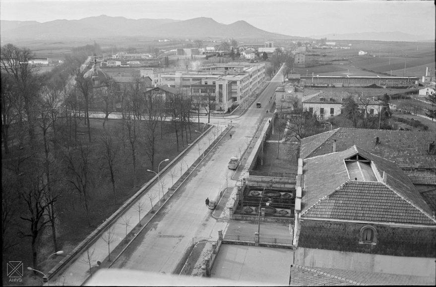 Calle Castilla y fábrica de Areitio en 1962. ARQUÉ. AMVG