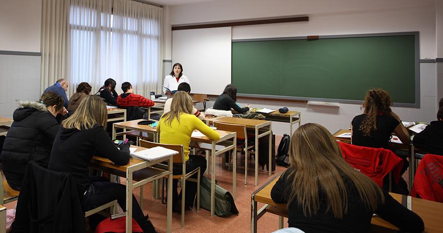 bonificacion-fundacion-idiomas-curso-2122