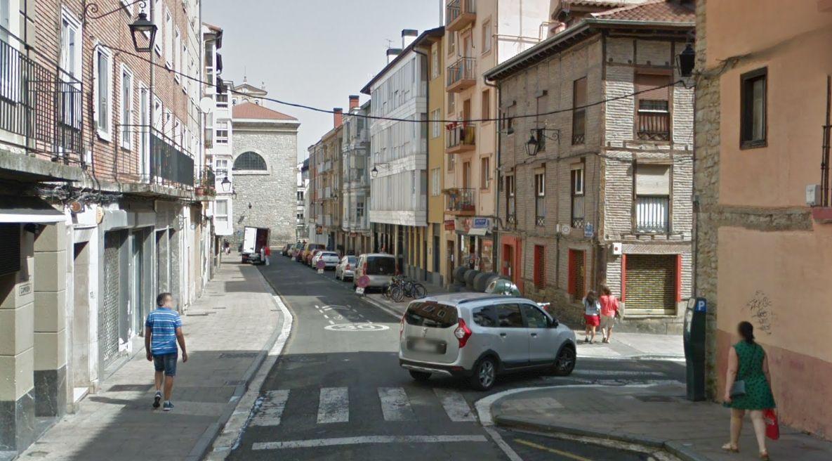 Policía Local ha actuado 17 veces en Nueva Fuera, Abrevadero y Portal del Rey desde el 9 de mayo - Gasteiz Hoy