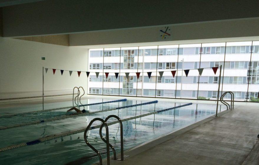 cierre de piscinas en Vitoria por bacteria