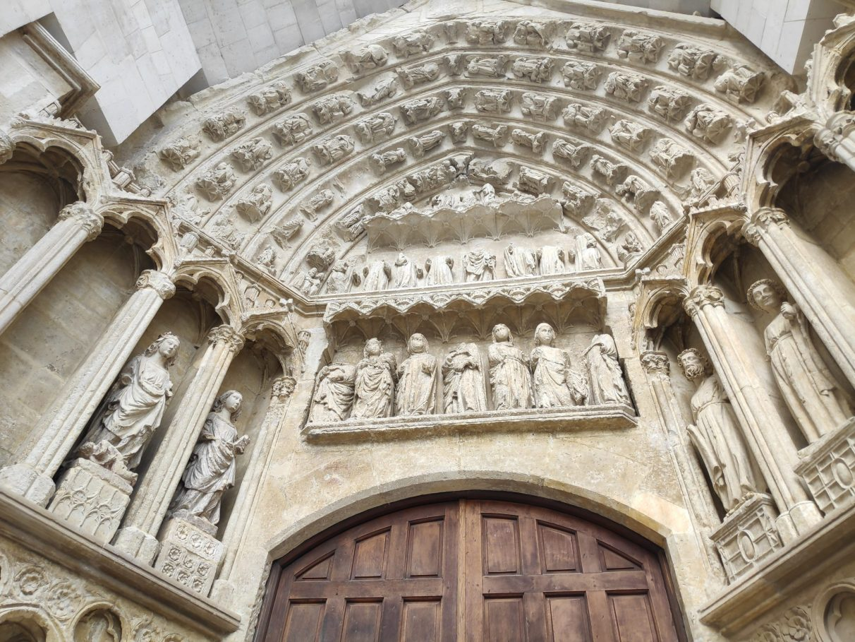 portada-santa-ana-catedral-vitoria
