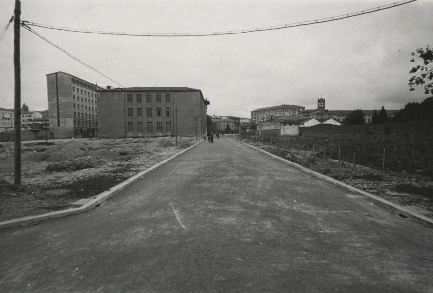 Apertura de la calle Landázuri en 1958. ARQUÉ. AMVG.