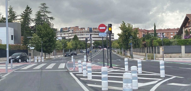 Señales que confunden a los conductores en el recorrido del BEi   Gasteiz Hoy