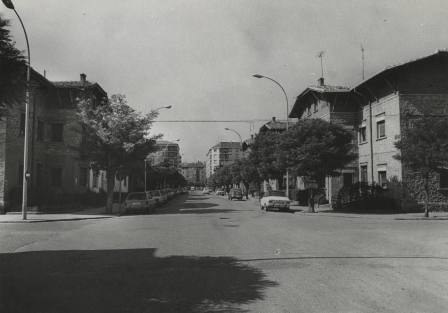 Avenida de Estíbaliz en 1985. Fondo Fundación Sancho el Sabio.