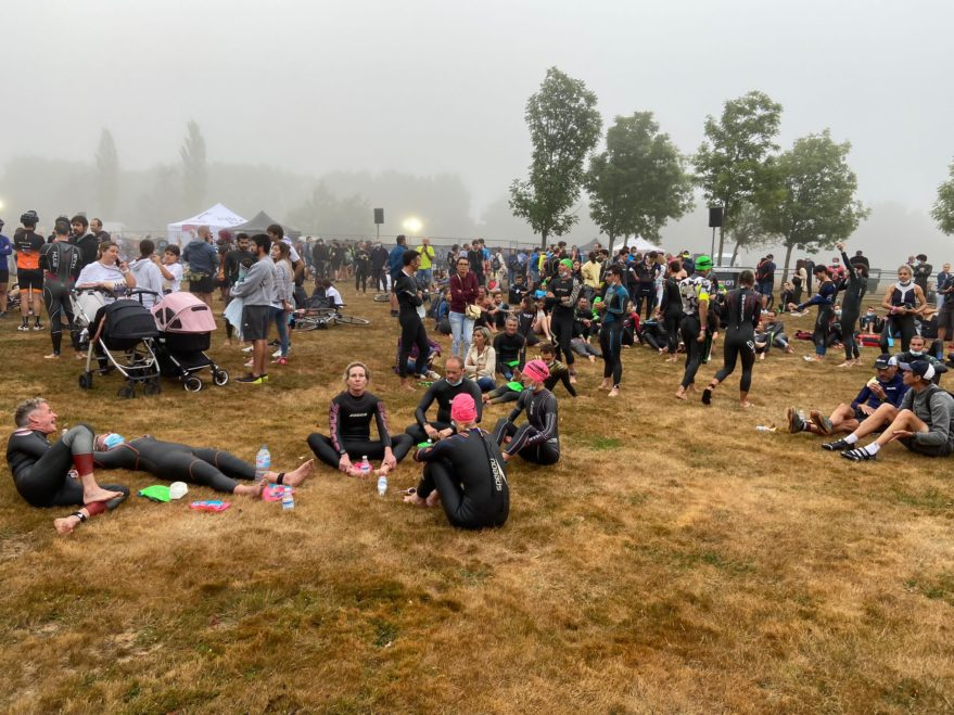 Triatletas niebla Ironman vitoria
