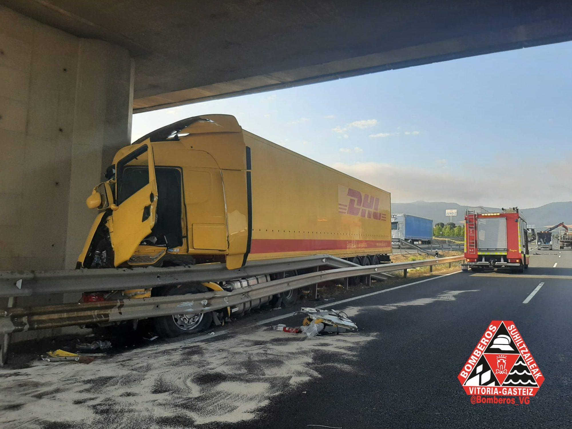 accidente camion jundiz a1
