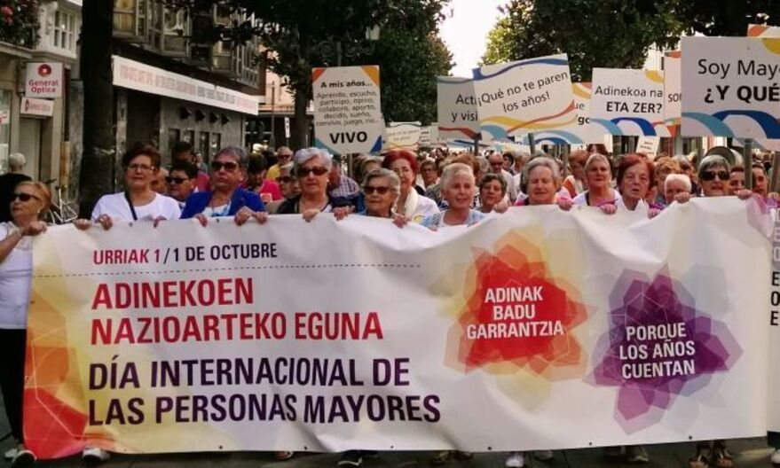 dia internacional personas mayores vitoria