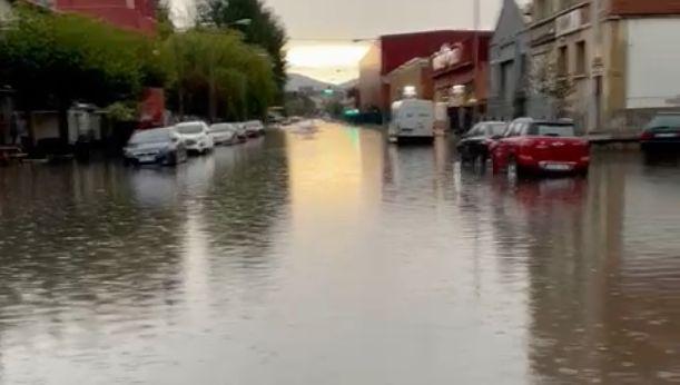 La tormenta inunda por completo Portal de Bergara - Gasteiz Hoy