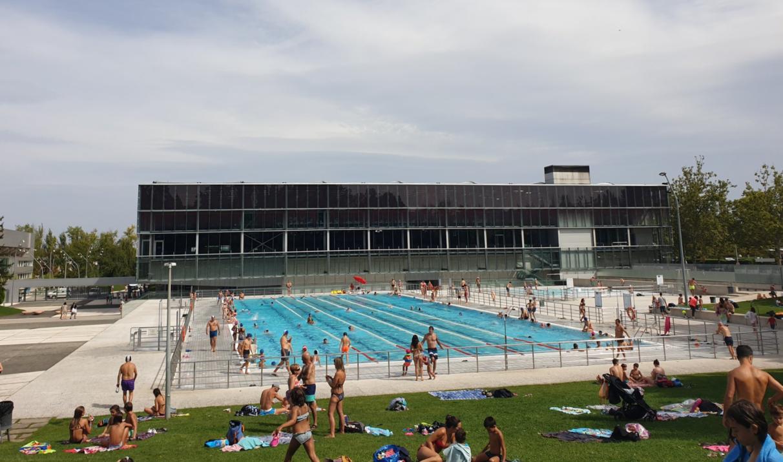 piscina olimpica mendi llena