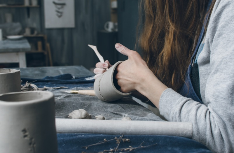 taller-ceramica-plantas-relajacion